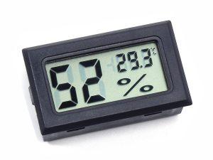 lcd thermometer hygrometer 1 300x225 - lcd_thermometer_hygrometer_1