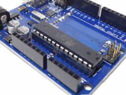 Arduino UNO R3 compatible (unbranded) Atmega328P, Atmega16u2 USB
