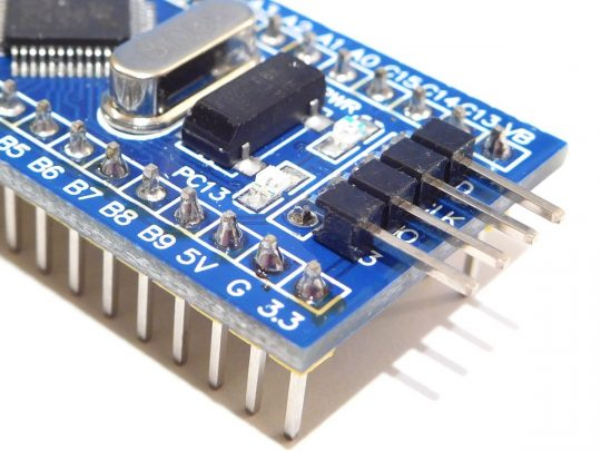 Blue Pill original STM32F103C8T6 with 72MHz – RTC – micro USB