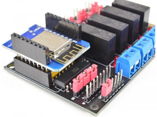 CANADUINO 4-Channel WiFi Relay with I2C IIC and WEMOS D1 mini