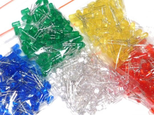 500 LED 5mm, 100 each of green red yellow white blue