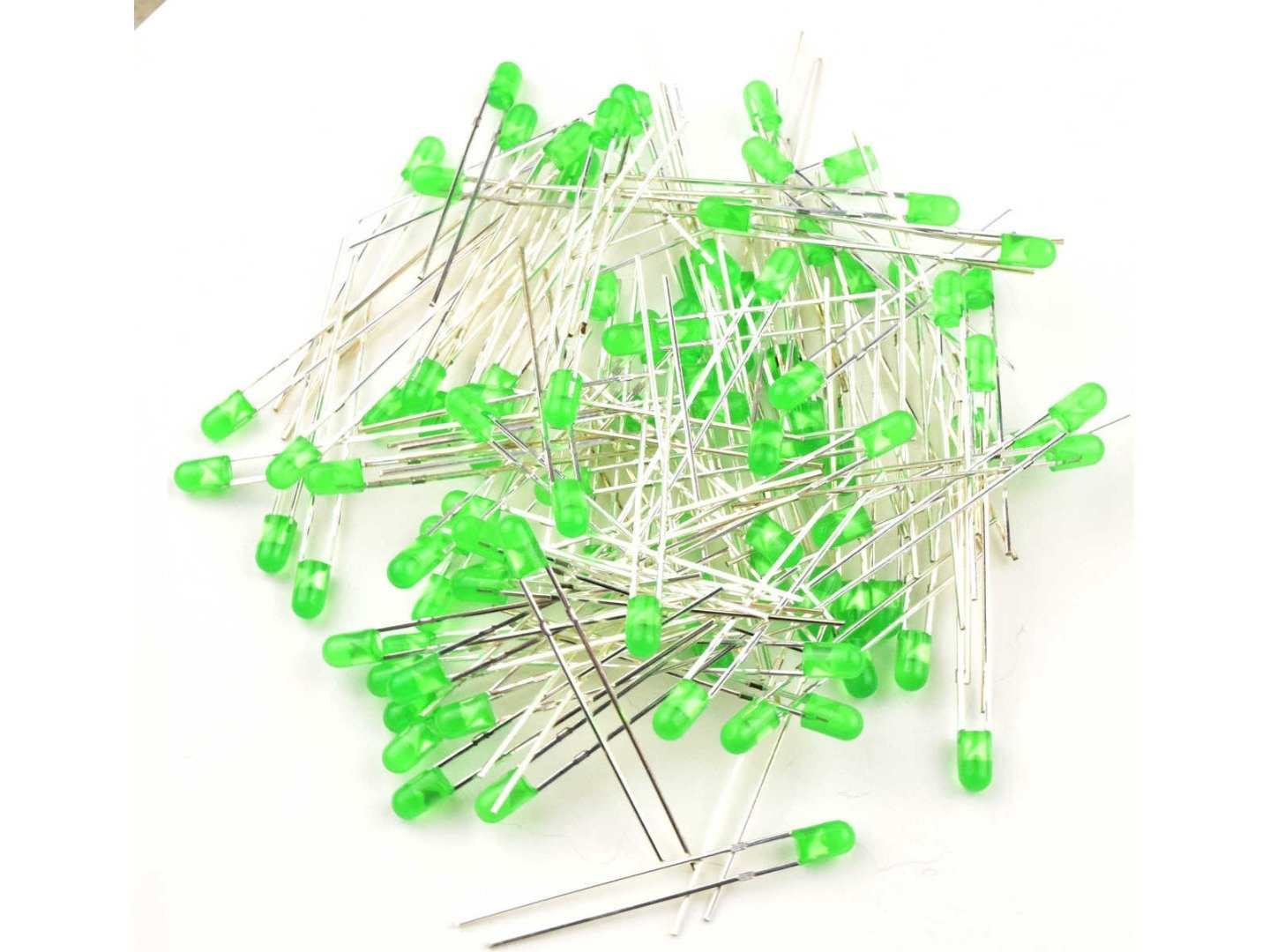 100 x LED Green 3mm Round – Tinted – Clear – Standard Package T-1