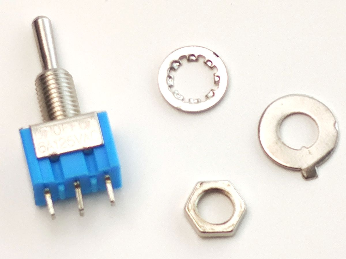 Toggle Switch 3 position ON-OFF-ON 6A 125VAC